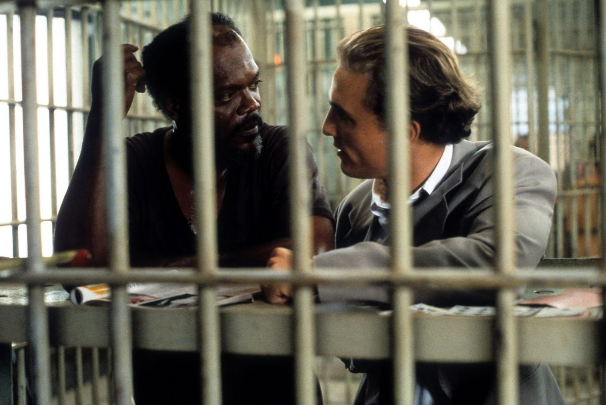 A Time to Kill stars Matthew McConaughey and Samuel L. Jackson in a jail cell