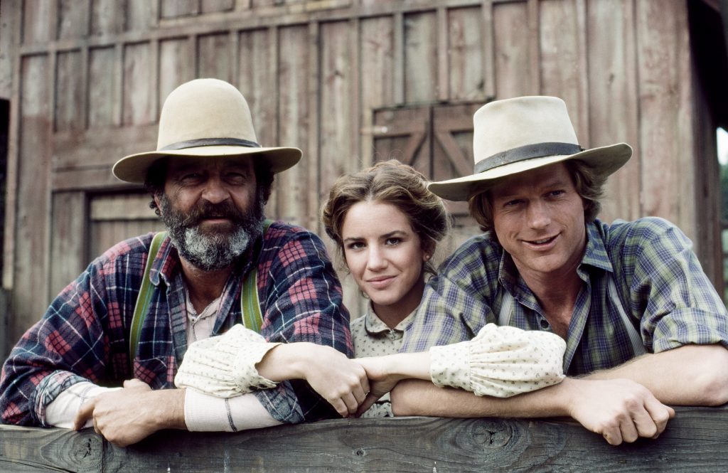 Melissa Gilbert with the cast of Little House on the Prairie   NBCU Photo Bank