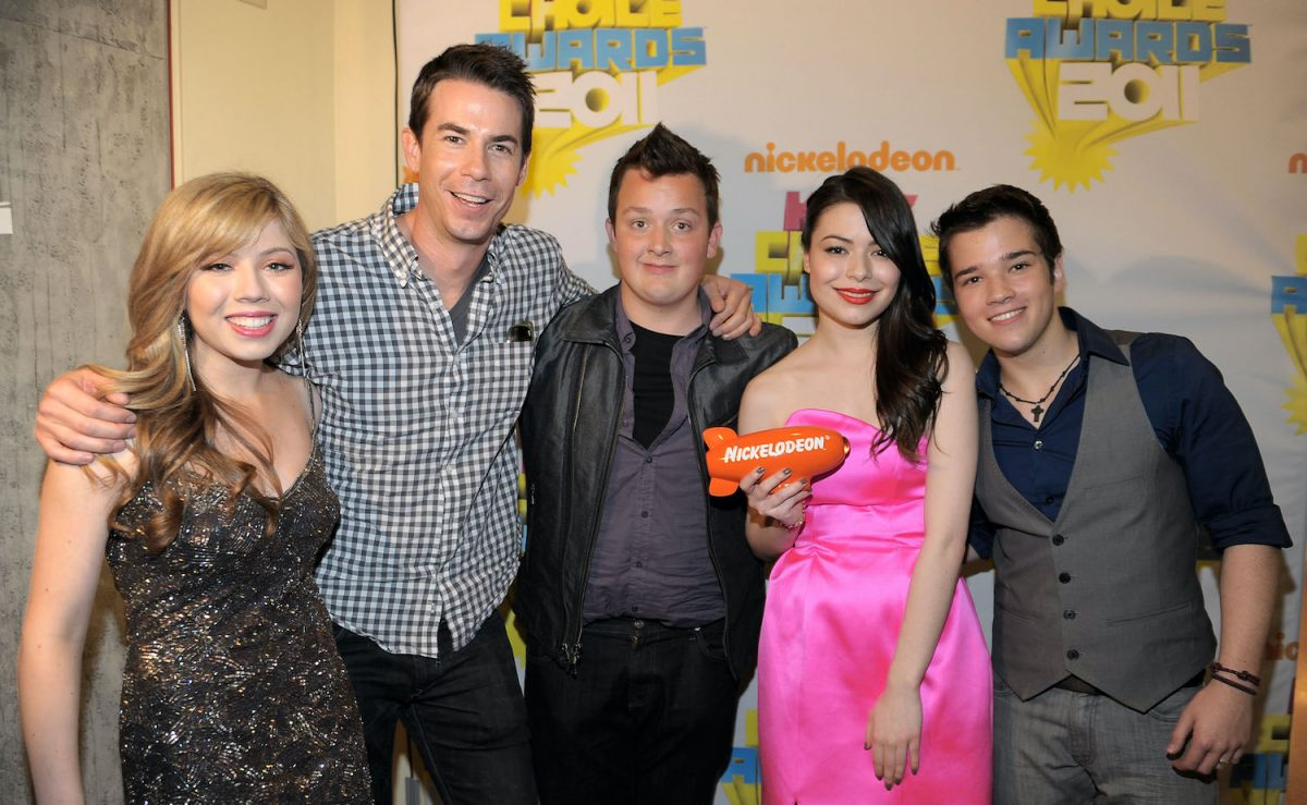 iCarly cast Jennette McCurdy, Jerry Trainor, Noah Munck, Miranda Cosgrove, and Nathan Kress attend Nickelodeon's 24th Annual Kids' Choice Awards in 2011