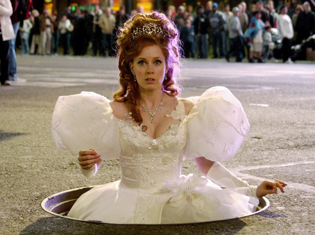 Amy Adams in a wedding gown coming out of a manhole in New York City as Giselle in Disney's 'Enchanted'